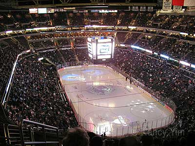Hockey_mci_center_2